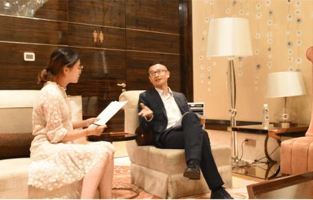 小编与乐天台湾市场李志兴采访现场